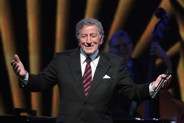 Tony-Bennett-at-Westbury-Music-Fair